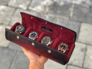 Uhrenrolle 4 Uhren handbemalt rot offen